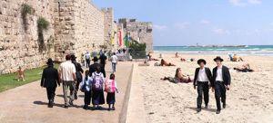 """יניב יור """"חוף בירושלים"""" מתוך """"עיר פוגשת אמנות"""""""